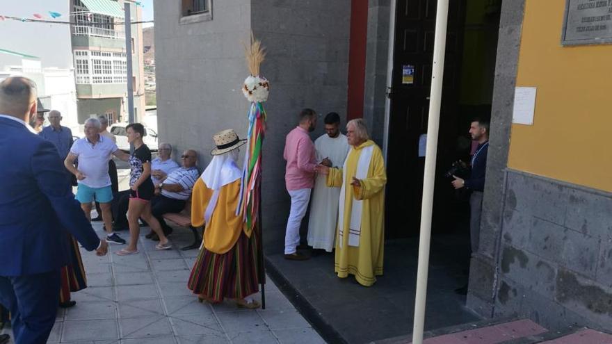 La alcaldesa celestial y perpetua y el alcalde bienal de Telde, en Lomo Magullo