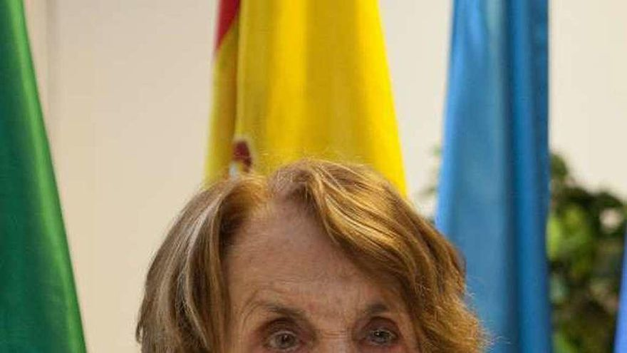 "Paz Fernández Felgueroso: ""Ciañeses, quien no esté colocado, ¡que se coloque!"""