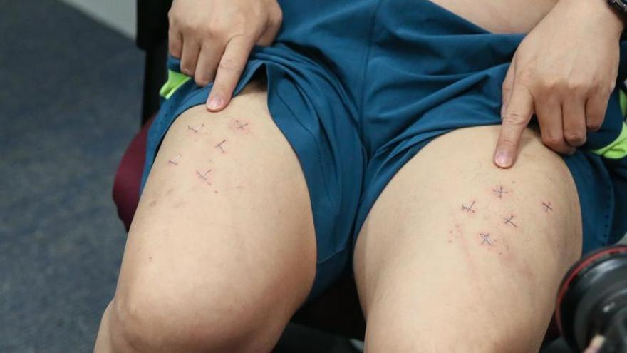 Torturado un opositor hongkonés por un autógrafo de Messi