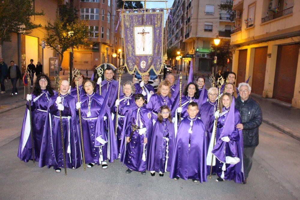 Retreta de la Hermandad del Cristo de la Concordia, en la Creu del Grao