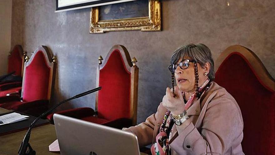 """Adela Martínez: """"Vamos a una ganadería más sostenible y respetuosa"""""""