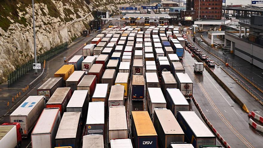 La oferta de Barnier asesta un tijeretazo de 200 millones en cuotas a la flota española