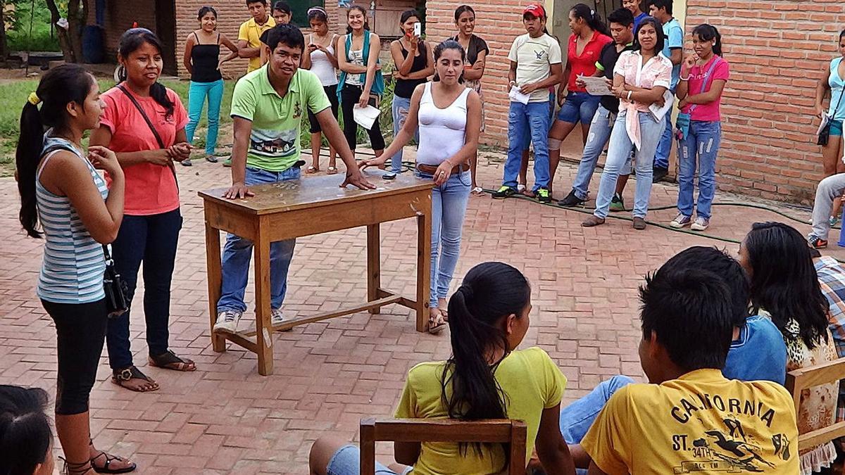 Organització local de joves bolivians chiquitianos i guarayos. | FVS