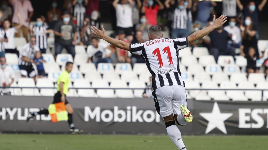 La entrevista con César Díaz (Castellón)   «Marcar goles  no  hace que disfrute más de esta profesión»