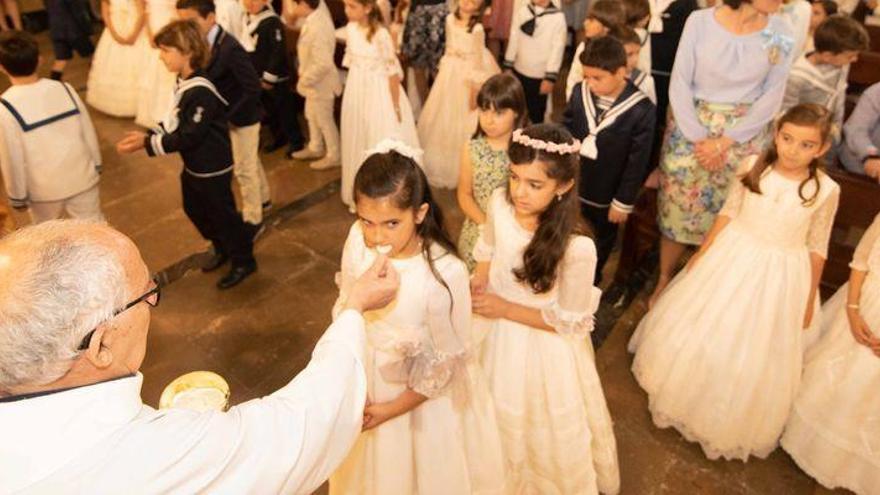Oficial: La diócesis Segorbe-Castellón anuncia que suspende las primeras comuniones