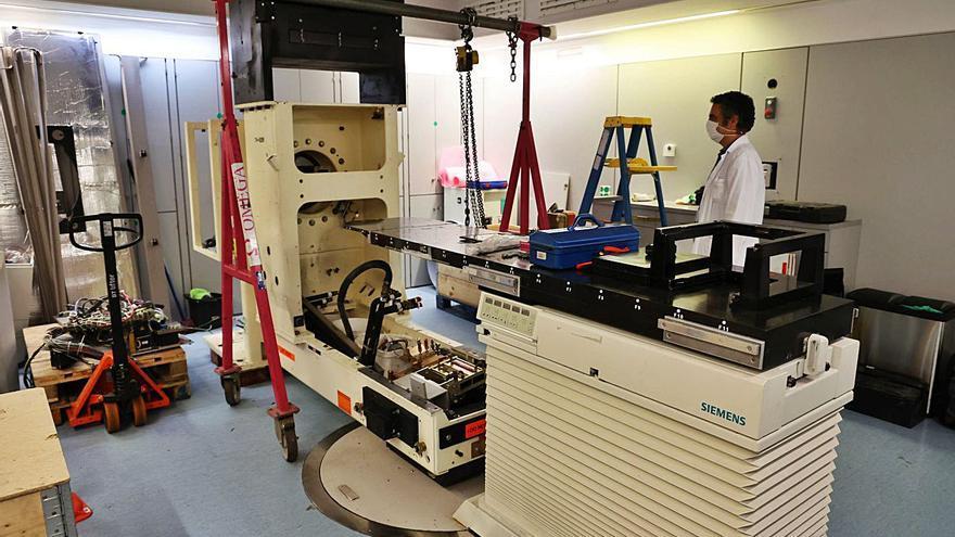 El Chuvi mejora la precisión y agilidad de la radioterapia con una nueva máquina