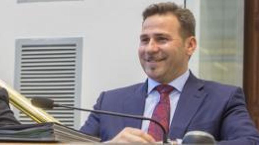 El PP provincial tramita un expediente contra Morant por sus manifestaciones sobre inmigración