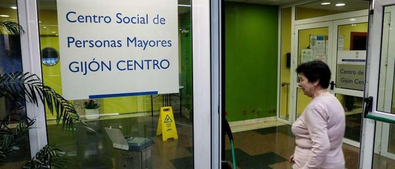 Un centro de mayores asturiano, antes de la pandemia.