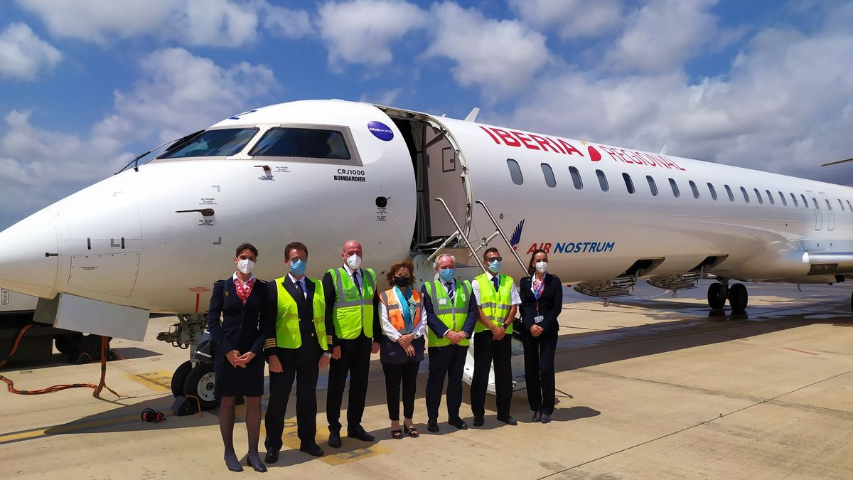 Primer vuelo a Sevilla desde Castellón