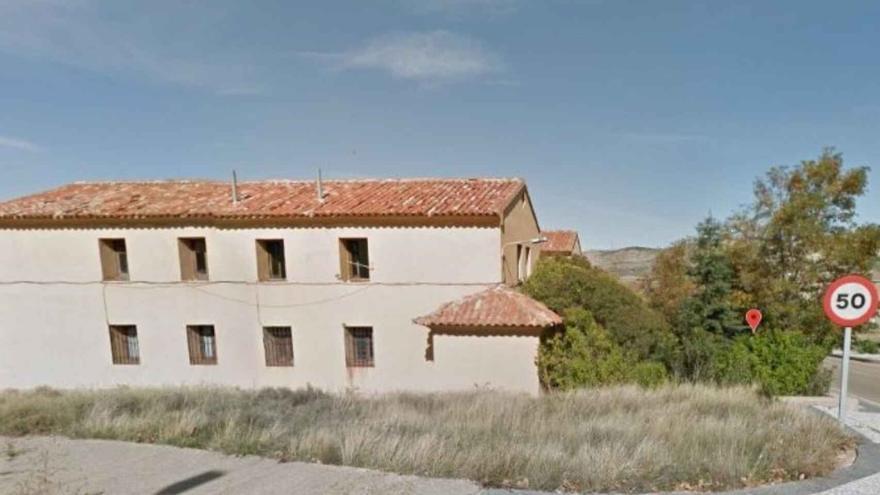 La Guardia Civil vende en su portal inmobiliario los cuarteles de Escucha y Utrillas
