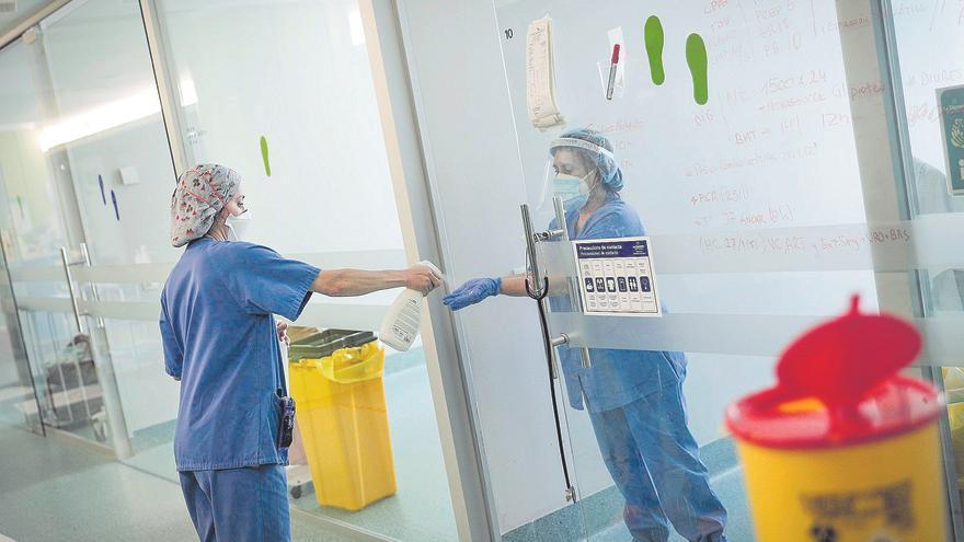 La presión hospitalaria seguirá creciendo hasta finales de agosto