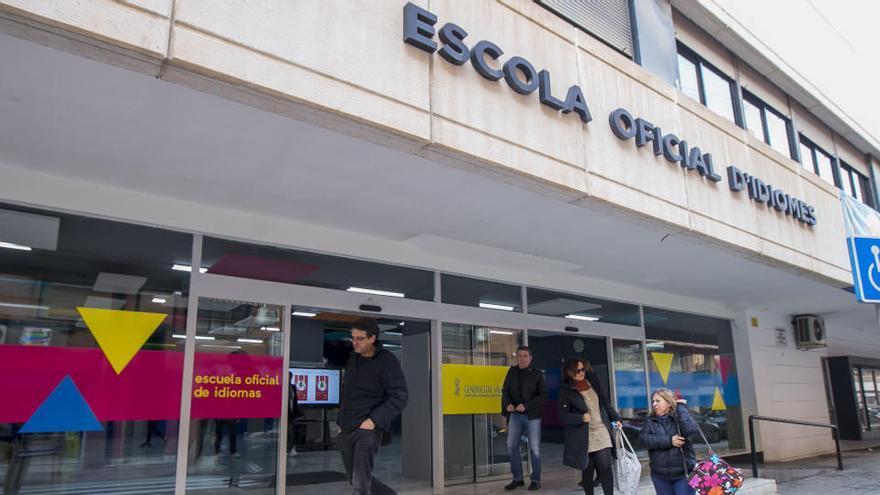 La Policía Local controlará el acceso a las pruebas de la Escuela de Idiomas