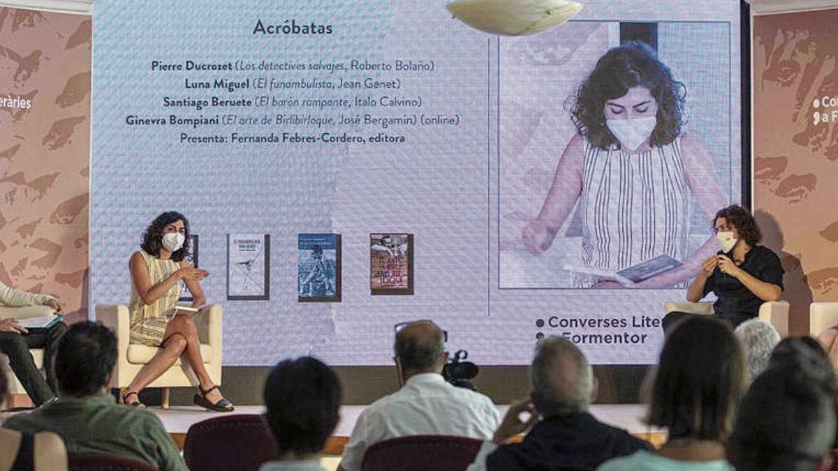 Santiago Beruete, Fernanda Febres-Corder,  Pierre Ducrozet y Luna Miguel, ayer.