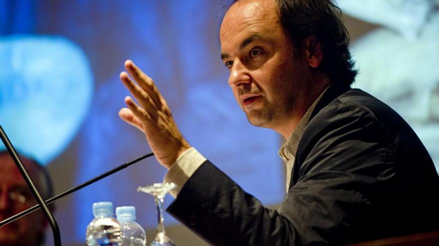 El director del MNAC, Pepe Serra, presenta el llibre 'Museu de l'Empordà. Essencials'
