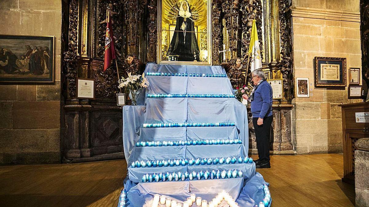 San Isidoro enciende un manto de velas para pedir el fin de la pandemia   IRMA COLLÍN