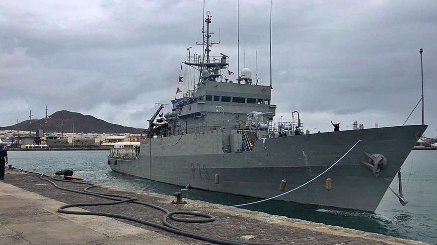 Siete canarios se incorporan al patrullero 'Vigía' para una misión en el Golfo de Guinea