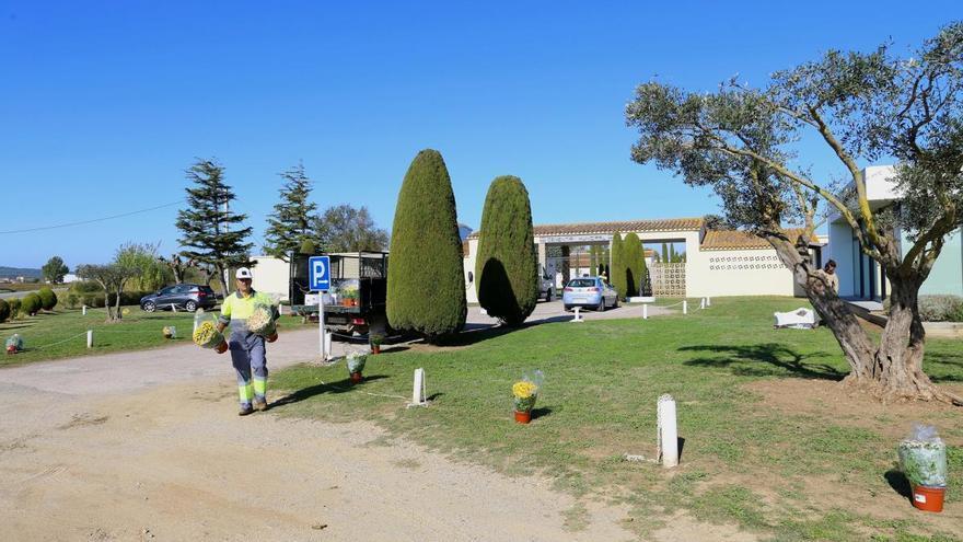 Els cementiris activen estrictes protocols