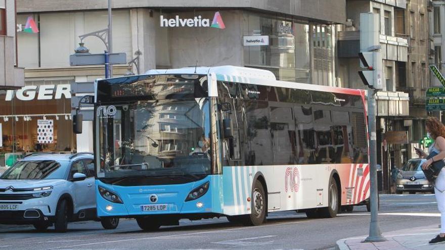 """Alcaldes del área metropolitana piden retomar la idea de la """"extensión de líneas"""" de autobús"""