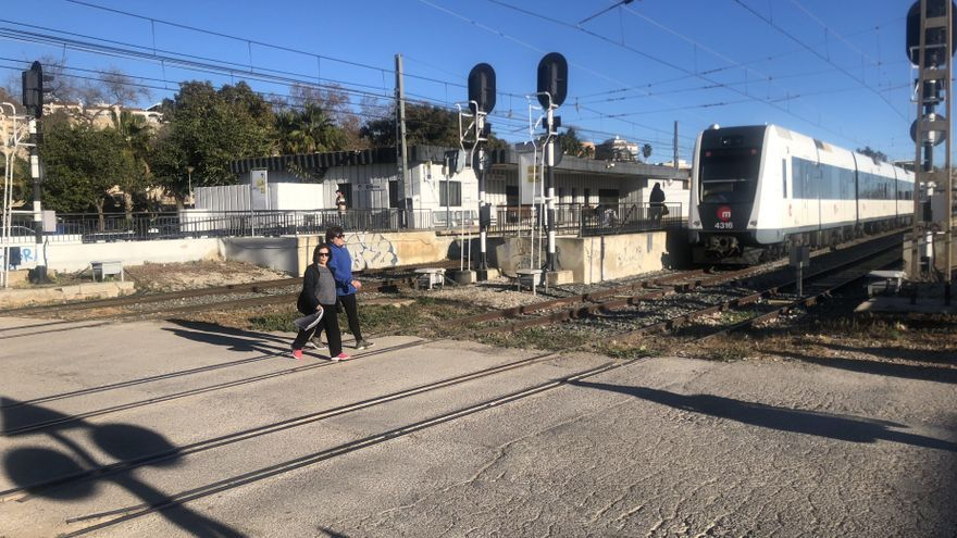 El Consell licita duplicar la vía desde Paterna y crear una estación en Fuente del Jarro