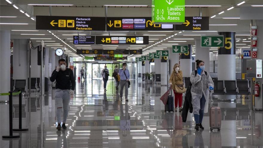 El viernes llegaron 569 viajeros a Baleares, un 16,3% más que hace una semana