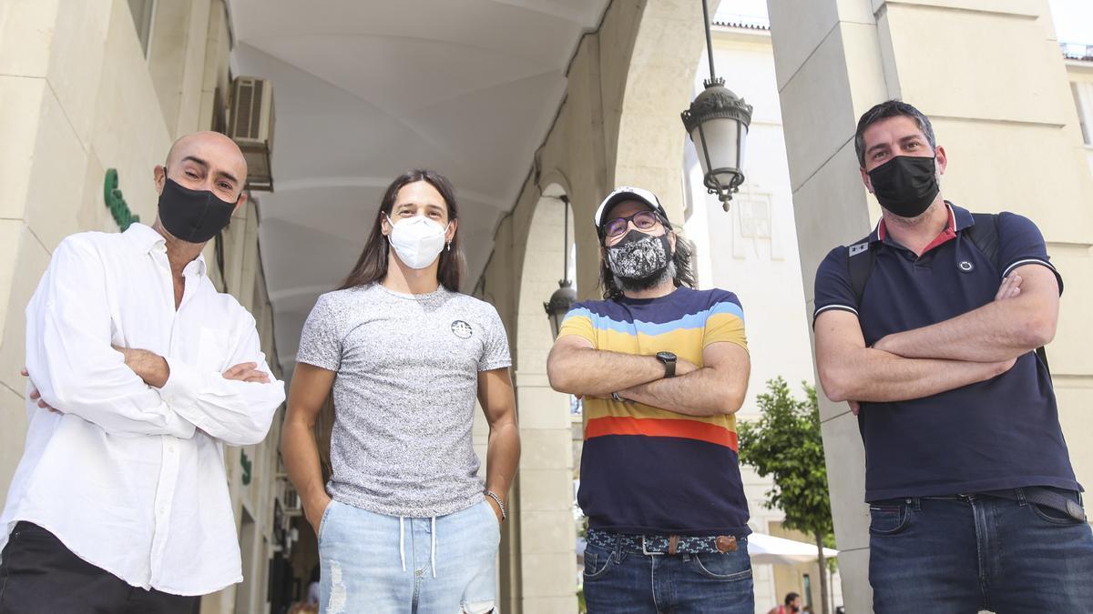 Los cineastas Ángel Puado, Carlos Salado y Adán Aliaga y el productor Miguel Molina, ayer en Alicante.
