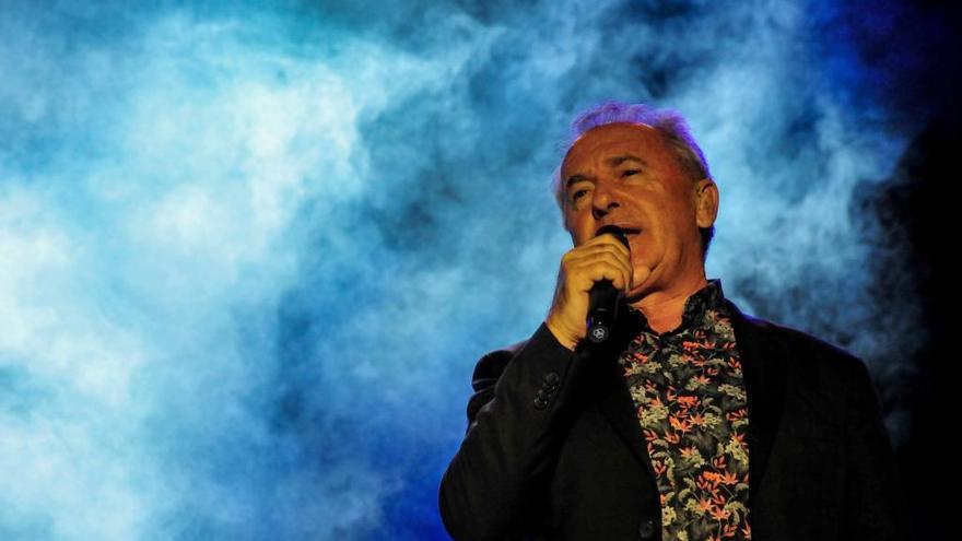 Víctor Manuel anuncia un concierto en A Coruña
