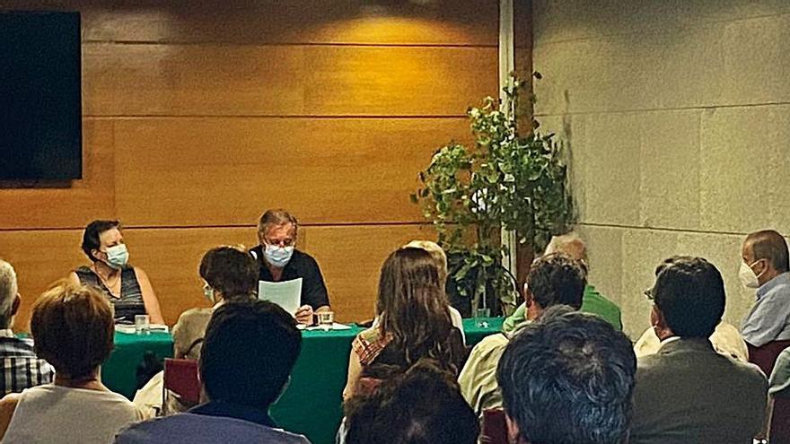 Éxito de público en la presentación de Maribel Iglesias
