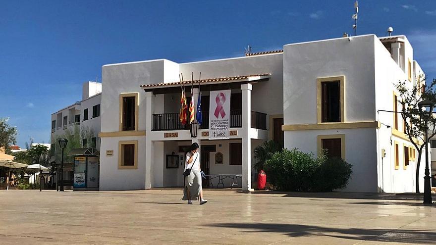 UGT acusa al Consell de Formentera de pagar a un trabajador en excedencia