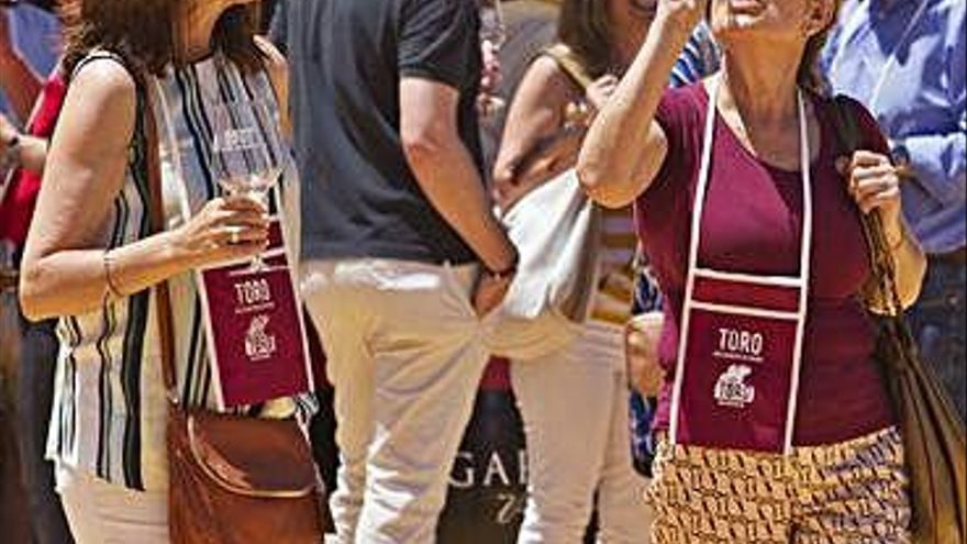 """Toro participará en el """"Día Movimiento Vino DO"""" el sábado 11 de mayo"""