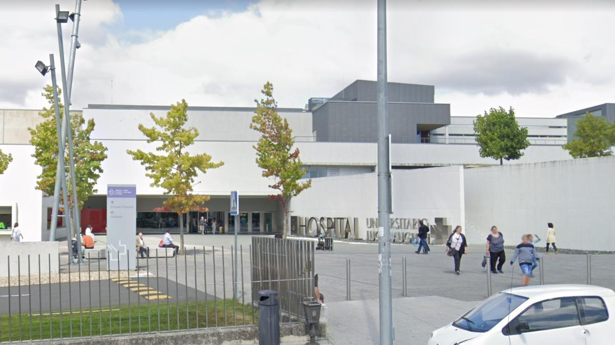 Entrada al hospital de Lugo