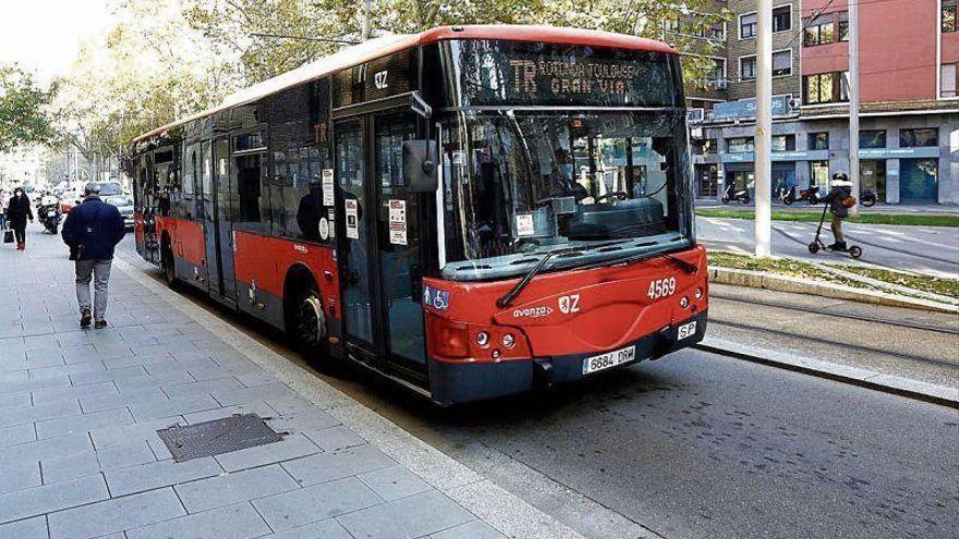 Los buses de Zaragoza circulan ya sin restricción de aforo