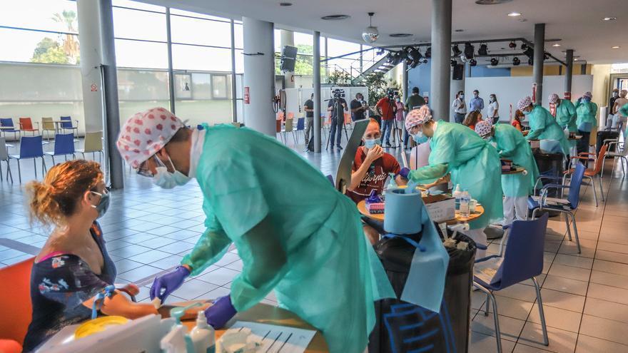 El brote de coronavirus con origen en la fiesta de la discoteca Noisse de Torrevieja suma 20 contagios