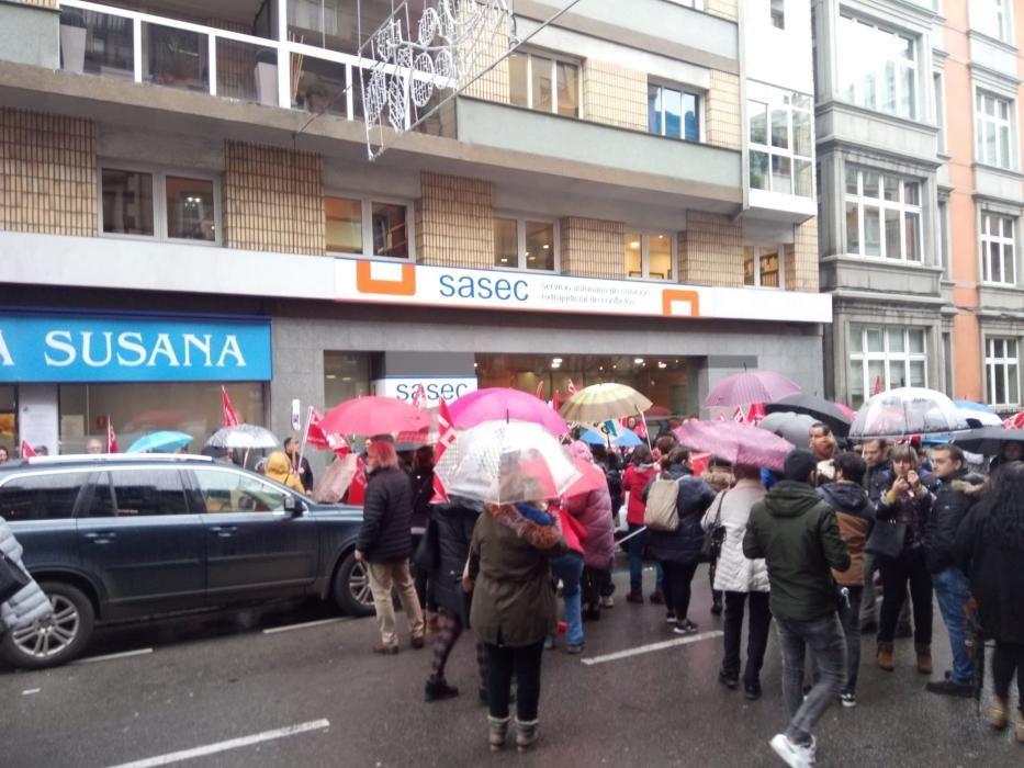 Protesta ante un supermercado.
