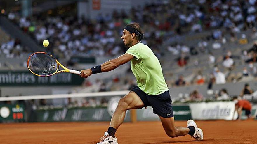 Nadal, eliminat per Djokovic a París