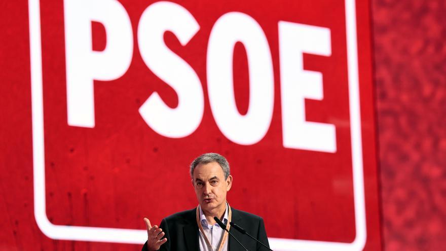 Zapatero pone en pie al PSOE al reivindicar la labor de Rubalcaba ante ETA