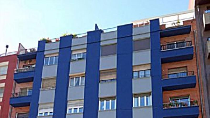 155.000 € Venta de ático en Oviedo (centro) 59 m2, 2 habitaciones, 1 baño, 2.627 €/m2...