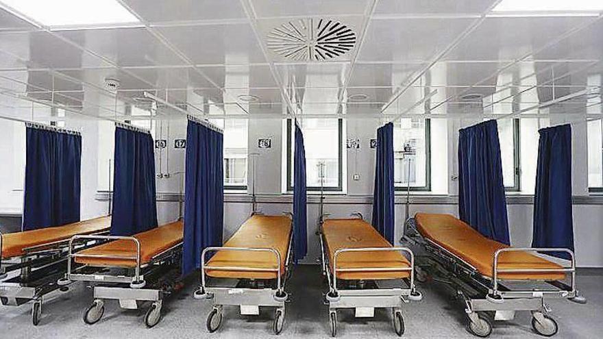 """Denuncian """"hacinamiento"""" e ingresos """"extraoficiales"""" de pacientes en urgencias"""