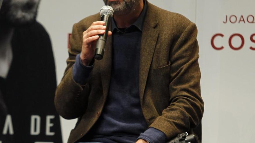 El autor mexicano Juan Villoro recibe el Premio Liber