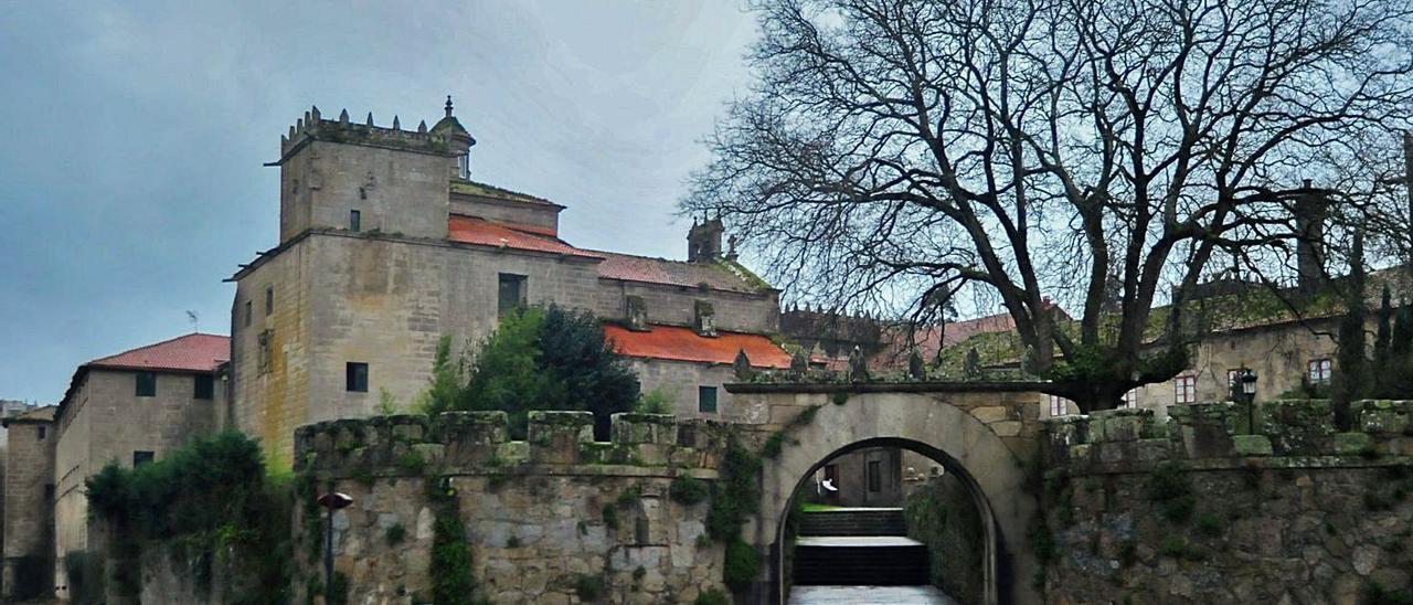 El convento de las Agustinas de Vista Alegre en Vilagarcía, es uno de los bienes inmatriculados. |   // I. ABELLA