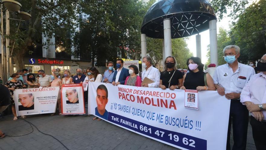 Trabajadores de Mercado Victoria apoyarán mañana a la familia de Paco Molina con un acto
