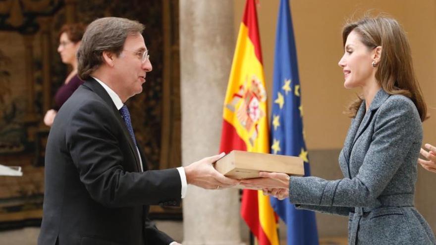 Pascual recoge el Premio Reina Letizia 2016 del Real Patronato sobre Discapacidad