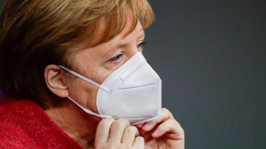 """Merkel: """"Un trimestre de vacunación no supondrá un cambio significativo"""""""