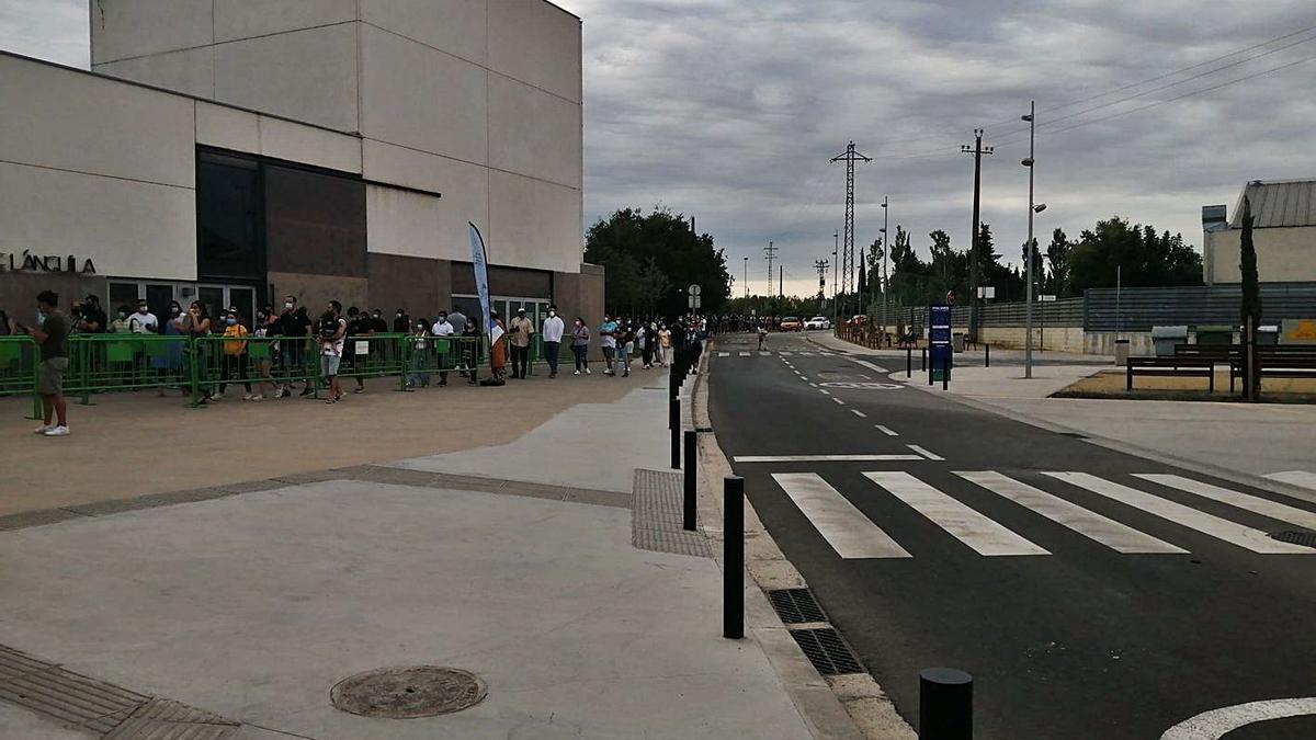 Figueres administra 637 dosis a la jornada sensa cita prèvia | ICS GIRONA