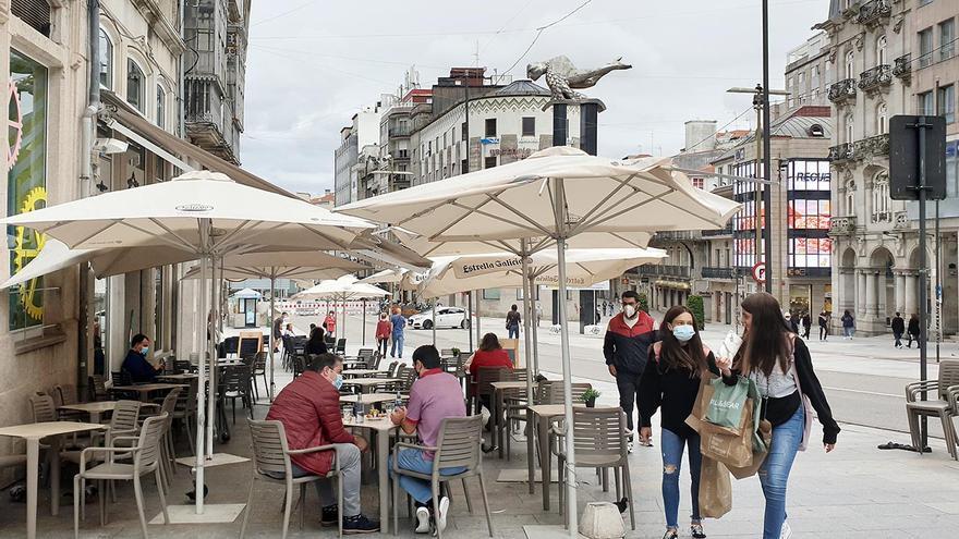 Vigo recupera reuniones de hasta cuatro no convivientes y los bares hasta las 17 horas