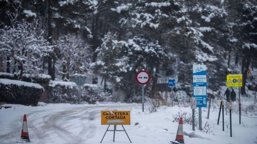 Ocho carreteras de Castellón permanecen cerradas al tráfico tras el temporal