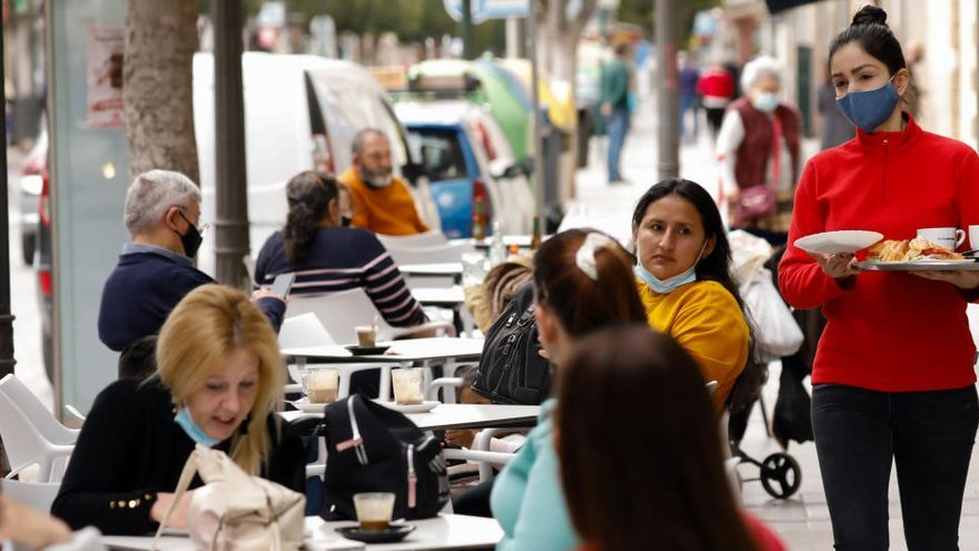 Castilla-La Mancha abre restaurantes pero obligará a usar un código QR para entrar