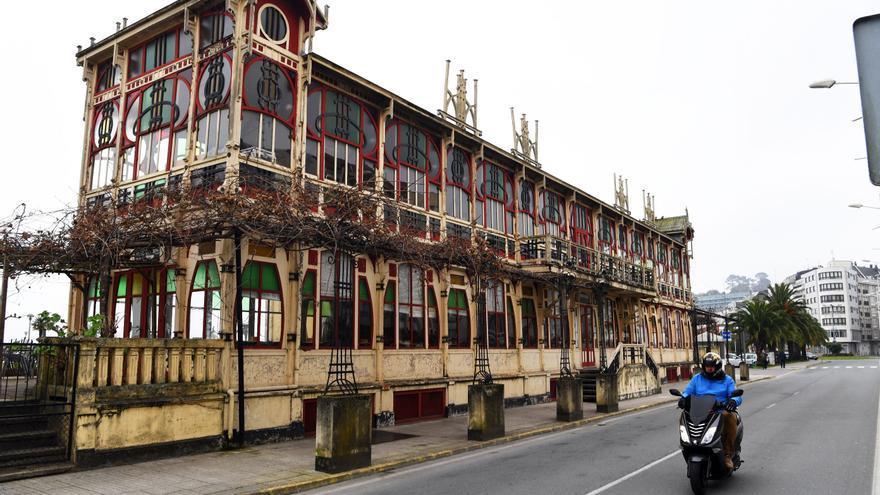 La Xunta ofrece ceder a Sada la titularidad de la avenida da Mariña y ganar espacio público