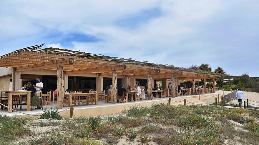 Costas prepara una sanción contra un hotel de lujo de Formentera por obras sin permiso