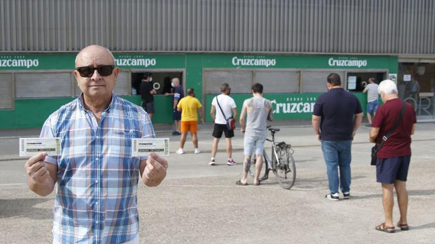 El Córdoba CF abre la puerta a los abonados de la provincia