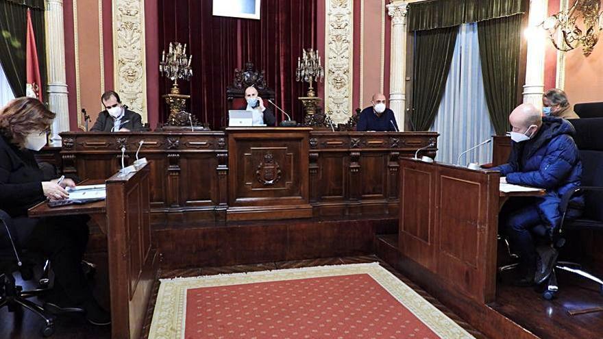 El PP pide que la ordenanza de veladores permita licencias exprés de apoyo a la hostelería